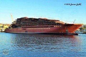 El nuevo buque, el día de su puesta a flote