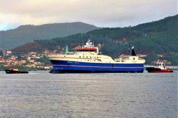 """Estampa marinera del buque arrastrero congelador """"Regina C"""""""