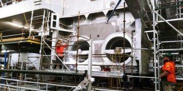 Detalle de los propulsores de la banda de estribor