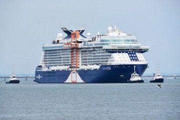 """El buque """"Celebrity Edge"""", durante las pruebas de mar"""