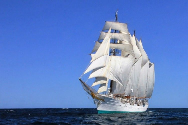 """El buque-escuela """"Juan Sebastián de Elcano"""" llegará a Tenerife en la primera escala de su 91 crucero de instrucción"""