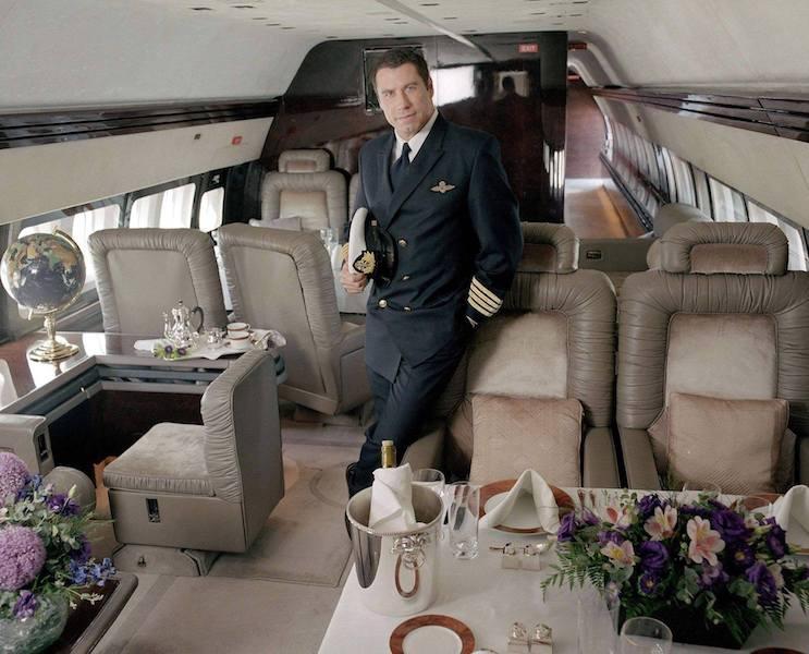 Interior del avión privado B-707 de John Travolta