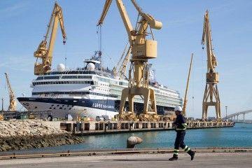 """El buque """"SkySea Golden Era"""" saldrá como """"Marella Explorer 2"""""""