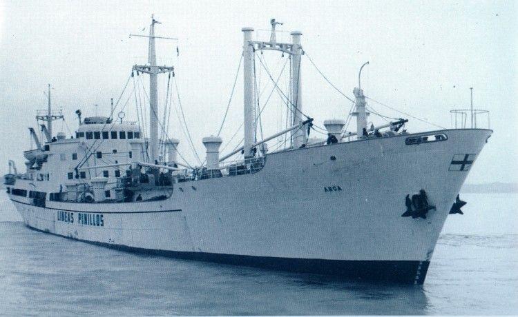 """El buque frutero """"Arga"""", visto por la amura de estribor"""