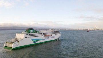 "Llegada del buque ""W.B. Yaets"" al puerto de Dublín"
