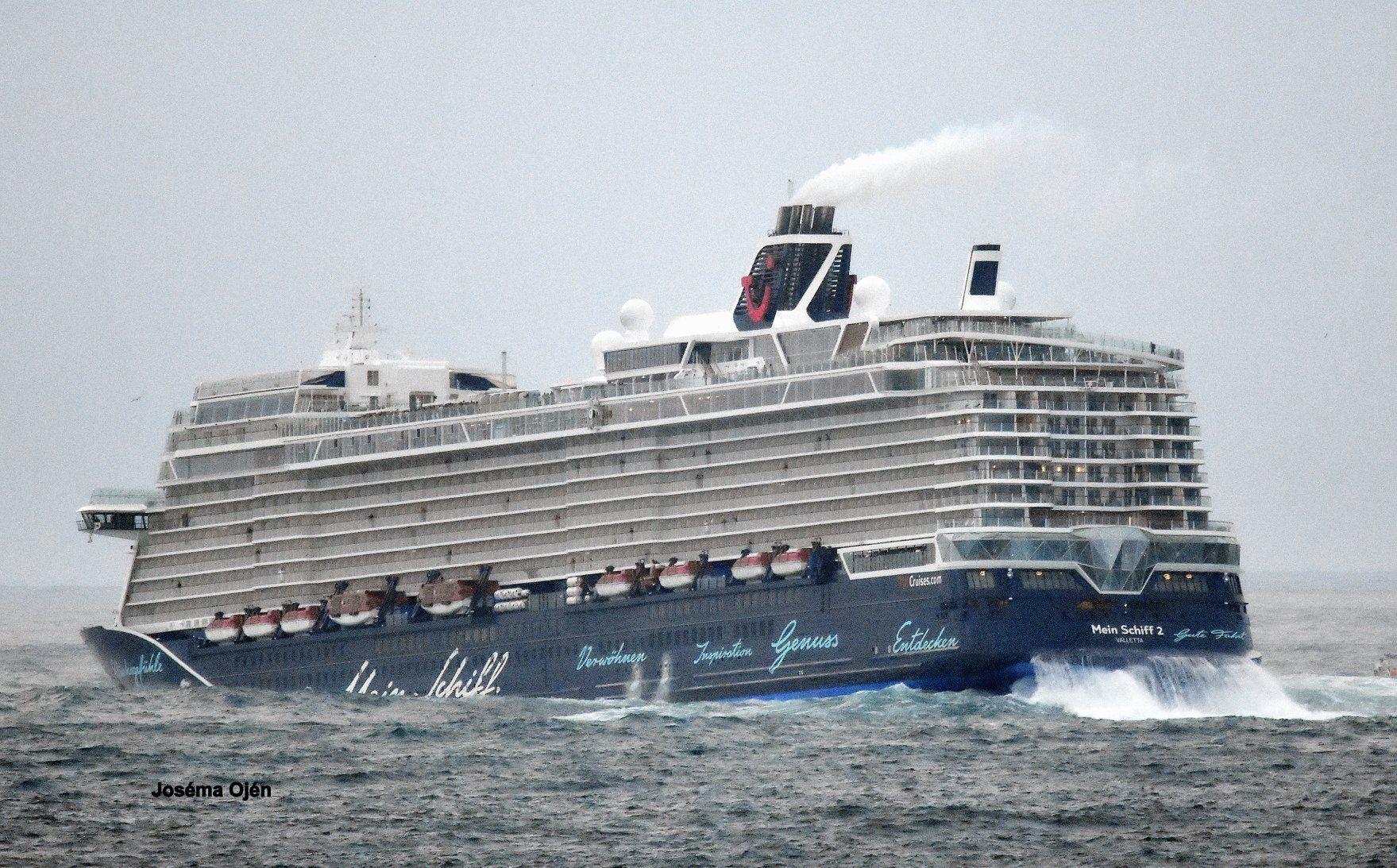 Las imágenes de la salida del barco son espectaculares