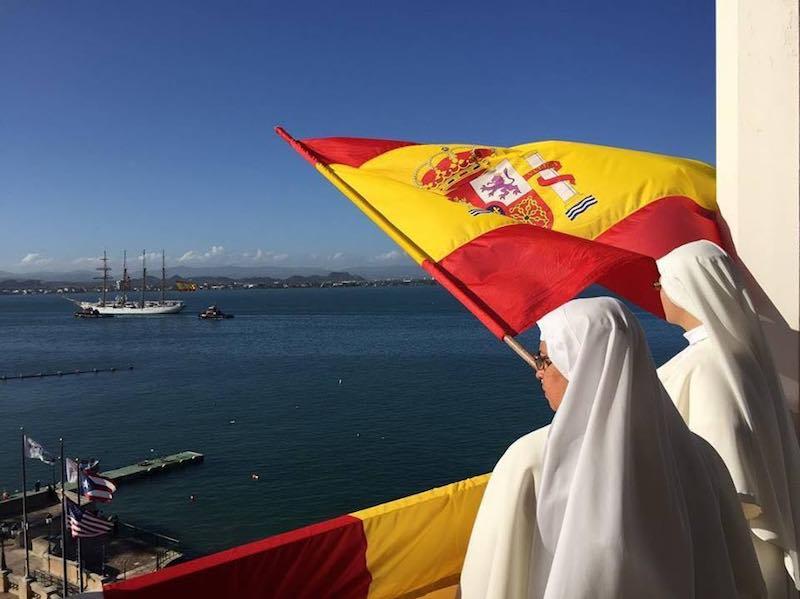 La tradición del saludo a los barcos españoles se remonta a 1898