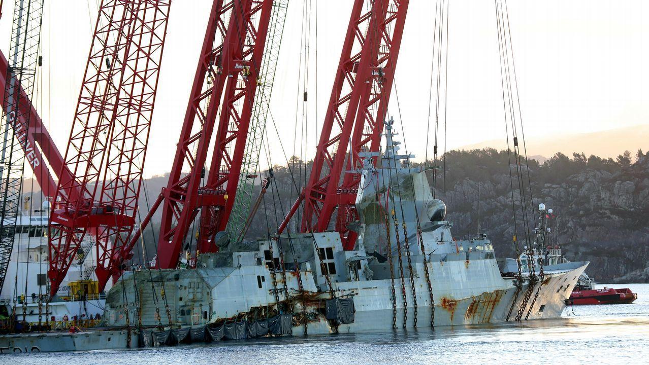 La fragata noruega está en su fase final de reflotamiento