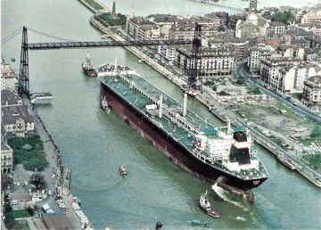 """El petrolero """"Ondiz"""" sale a pruebas de mar"""