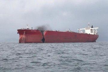 """Estado en el que quedó el petrolero """"Shinyo Ocean"""" tras el brutal abordaje"""