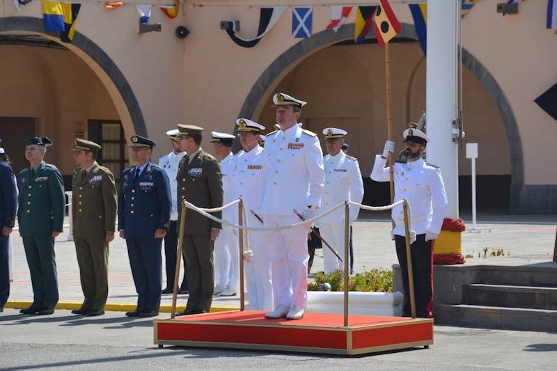 El almirante de Acción Marítima presidió la ceremonia naval en el Arsenal Militar