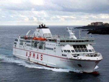 """El ferry """"Volcán de Taburiente"""" cubre eventualmente la línea Las Palmas-Morro Jable"""