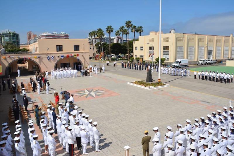 La ceremonia naval de toma de posesión se celebró en el patio central del Arsenal