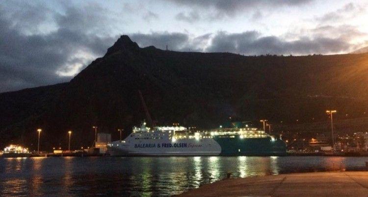 "El ferry ""Martín i Soler"" realiza un viaje especial a La Palma"