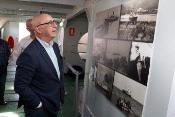 """Pedro Suárez, en su recorrido por el correíllo """"La Palma"""""""