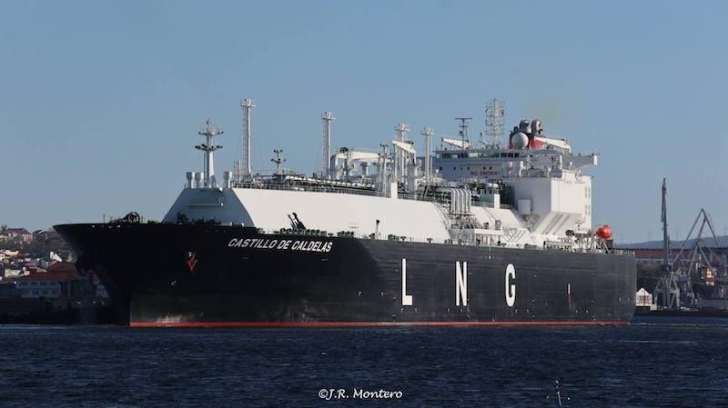 """Es la primera vez que el buque """"Castillo de Caldelas"""" descarga en Reganosa"""