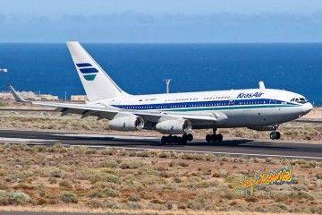 Momento del aterrizaje del avión Il-96 RA-96017 en Tenerife Sur