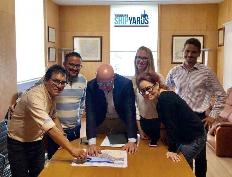 Técnicos de Tenerife Shipyards, en su reunión con Pedro Suárez