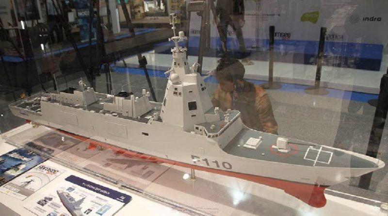 Maqueta de la fragata F-110, buques del siglo XXI en la Armada española