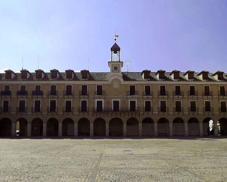 Plaza mayor de Ocaña, pueblo natal de Julio Rodríguez