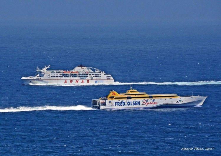 Tenerife lidera el tráfico regular de pasajeros
