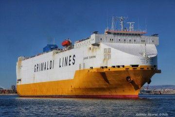 """El buque """"Grande Europa"""" está en apuros"""