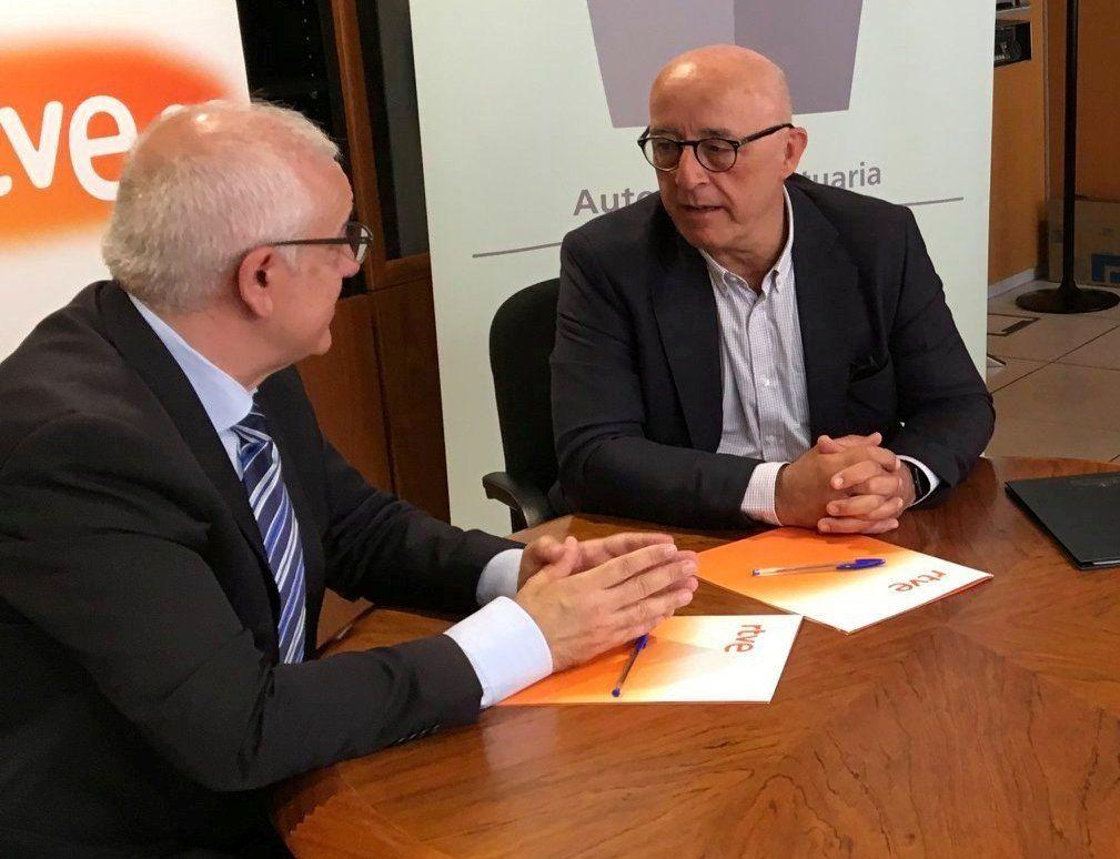 Pedro Suárez y Domingo Álvarez, en la reunión de esta mañana