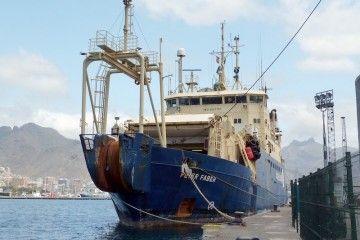 """Proa del buque cablero francés """"Peter Faber"""""""