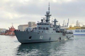 """El buque minador-escuela finlandés """"Hämeenmaa"""", a su llegada a Las Palmas de Gran Canaria"""