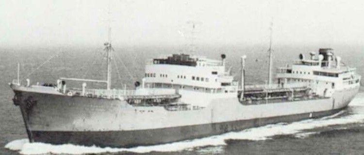 """El petrolero """"Soya Margareta"""", construido en 1952"""