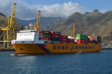 La Marina mercante española cada vez tiene menos barcos abanderados en España