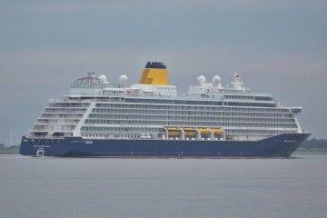 """El buque """"Spirit of Discovery"""", en sus pruebas de mar"""