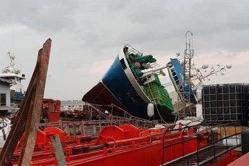 """El buque pesquero """"Lumian"""" ha permanecido volcado más de tres meses"""