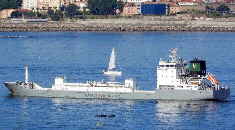 "Estampa marinera del buque cementero ""Crisitina  Masaveu"""