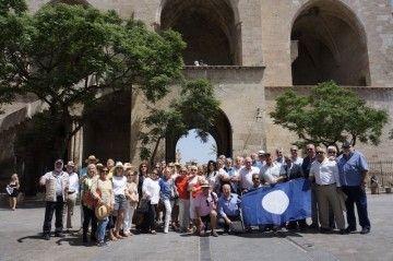 """Los asistentes al encuentro anual de """"trasatlánticos"""", en una foto de familia"""