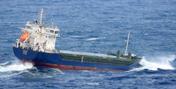 """El efecto de la mar tendida balance a su gusto al buque """"Telmo"""""""