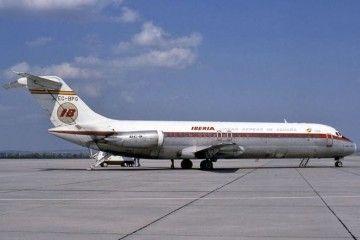 """Panorámica del avión Douglas DC-9-32 """"Ciudad de Vigo"""" (EC-BPG)"""