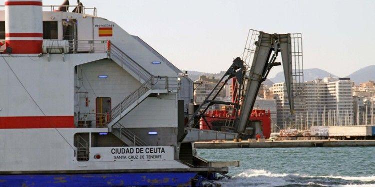 El buque dispone de nueva rampa a popa