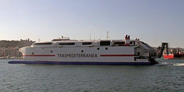 El catamarán se incorpora mañana a la línea Palma-Ibiza-Gandia