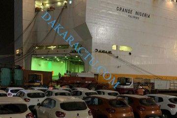 El buque de Grimaldi está detenido en Dakar