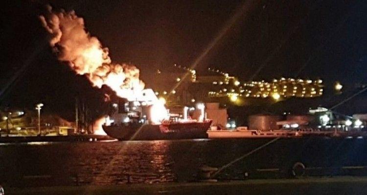 La explosión ha sacudido el entorno del buque LPG siniestrado