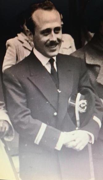 Anselmo Carvajal en sus primeros años de mar
