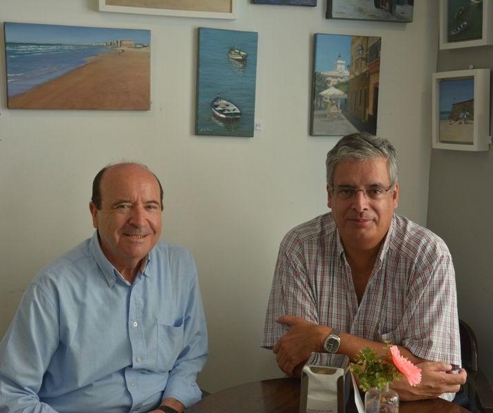 Francisco Font Betanzos y quien suscribe, un encuentro entrañable en Cádiz (2013) después de doce años de ausencia