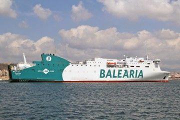 """El buque """"Marie Curie"""", esta mañana, en su primera escala en Palma"""