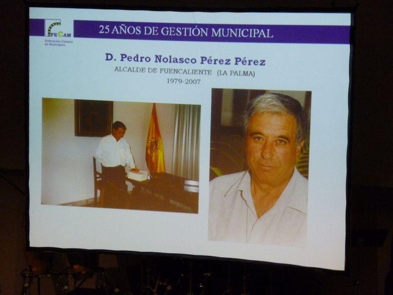 Homenaje a los 25 años de gestión municipal organizado por la FECAM