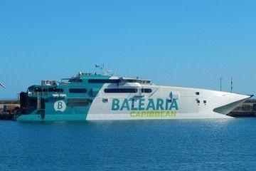"""El catamarán """"Jaume II"""" cubre la línea de alta velocidad entre EE.UU. y Bahamas"""