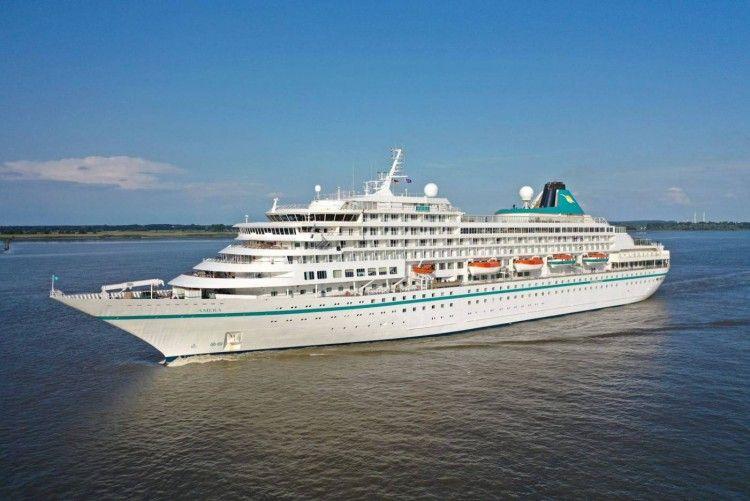 """El buque """"Amera"""", recién incorporado a la flota de Phoenix Reisen"""