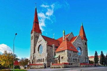 Panorámica de la catedral luterana de Tampere