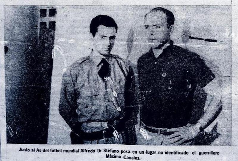 Foto del secuestro de Alfredo di Stéfano, en la que aparece junto a Paúl del Río (Máximo Canales)
