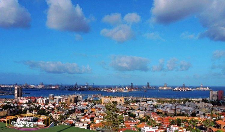 Panorámica de la ciudad y el puerto de Las Palmas de Gran Canaria